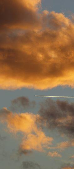 'Clouds' by @alumbricus