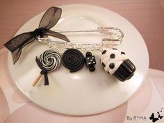 une belle brochette de sucreries en fimo