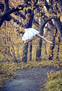 TOTALLY HANGING FROM SOMETHING!!!!!!!! Ballet Dance Photoshoot Idea