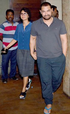Entertainment Discover Aamir Khan with wife Kiran Rao at & Dhadakne Do& screening. Bollywood Couples Bollywood Stars Bollywood Fashion Kiran Rao Aamir Khan Street Look Celebrity Couples India Beauty Latest Pics Bollywood Couples, Bollywood Stars, Bollywood Fashion, Aamir Khan Wife, Kiran Rao, Street Look, Celebrity Couples, India Beauty, Latest Pics