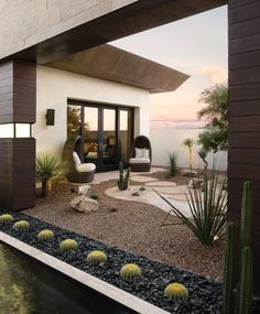 Want a minimalist garden? The minimalist garden is often associated with the modern garden. Rock Garden Design, Garden Landscape Design, Patio Design, Desert Landscape, Modern Backyard Design, Modern Landscape Design, House Landscape, Landscaping With Rocks, Modern Landscaping