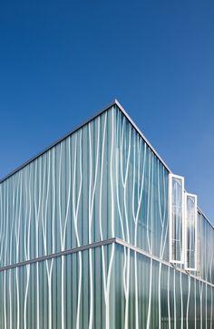 Pilkington Profilit™ T Colour Design Glass Design, Natural Light, Blinds, Range, Colours, Nature, Home Decor, Architecture, Cookers