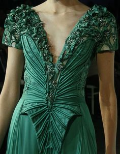 Basil Soda Haute Couture S/S 2011 Paris Couture Mode, Couture Fashion, Runway Fashion, Paris Fashion, Basil Soda, Couture Details, Fashion Details, Fashion Design, Green Fashion