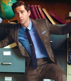 Bistre Suit, Navy tie