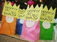 January is Three Kings Day! This year it's on a Sunday - give these small gifts to teach WHY the wise men gave what they did. January is Three Kings Day! This year it's on a Sunday - give these small gifts to teach WHY the wise men gave what they did. Catholic Crafts, Catholic Kids, Church Crafts, Advent Catholic, Catholic School, Sunday School Lessons, Sunday School Crafts, Happy Three Kings Day, 3 Reyes