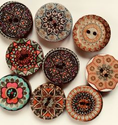 BOHO wooden buttons Decorative Plates, Buttons, Boho, Beads, Home Decor, Beading, Decoration Home, Room Decor, Bohemian