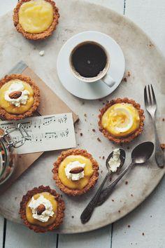 I love lemon tarts & coffee