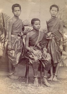 ancient cambodian people - Google-Suche