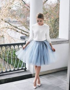 Every girl deserves a tulle skirt! Pairing a tulle skirt with the contrasting texture of a sweater can create an easy but sophisticated fall outfit. Black Tulle Skirt Outfit, Blue Tulle Skirt, Tulle Skirts, Winter Wedding Outfits, Winter Wedding Guests, Winter Outfits, Winter Weddings, Spring Wedding, Fashion Mode