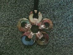 Ronnie McGrath Homemade Crafts: Tutorial on Multi-Colored Flower Washer Necklace!