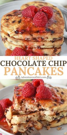How to make a small batch of heart shaped chocolate chip pancakes from scratch. … How to make a small batch of heart shaped chocolate chip pancakes from scratch. Fun recipe for Valentine's Day, birthdays, Mother's Day, and more! Valentines Breakfast, Birthday Breakfast, Valentines Day Food, Breakfast For Dinner, Breakfast Ideas, Funny Breakfast, Mothers Day Breakfast, Heart Shaped Pancakes, Pancakes From Scratch