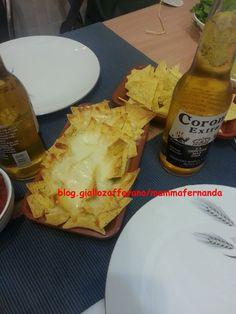 Nachos con il formaggio fuso (ricetta messicana)