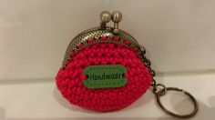 Heklet pung. Crochet coin purse. Keyring.