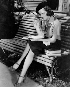 Lana Turner, at age 16, reading in her first speaking role, They Won't Forget (1937).  In a small Southern town, Mary Clay (Turner) and her friend go for a soda after school. Mary discovers she has left her vanity case in her desk, and when she returns to the empty building, she is brutally murdered. Andy Griffin (Claude Rains), the ambitious district attorney, seizes the opportunity to create a sensational case against Robert Hale (Edward Norris), Mary's teacher.