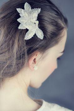 Bead´s clip Bridal Hair Accessories, Beads, Earrings, Jewelry, Design, Fashion, Beading, Ear Rings, Moda