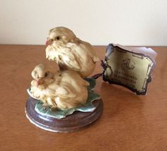 """G. ARMANI """"A PAIR OF BIRDS"""" CHICKS YELLOW Capidomonte FLORENCE  COLLECTION ITALY"""