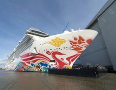 Das neue Kreuzfahrtschiff der amerikanischen Reederei Norwegian Cruise Line, die Norwegian Joy, wird voraussichtlich am Sonntag, den 26. März 2017 Papenburg verlassen und auf der Ems nach Eemshaven…