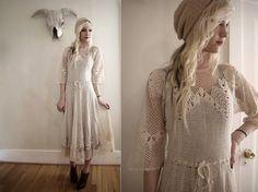 Encabeçado por Jenifer Lawrence, vestido um magnifíco vestido em crochê irlandês...  Seguem várias imagens onde os famosos vestem e aparece...