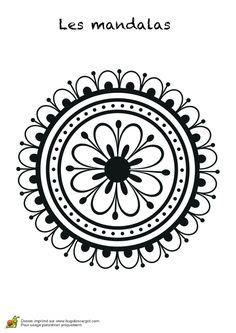 Un mandala rond avec une fleur à l'intérieur et des pétales à l'extérieur, coloriage pour enfants Mandala Tattoo Design, Mandala Drawing, Mandala Art, Tattoo Designs, Mandala Pattern, Zentangle Patterns, Embroidery Patterns, Mandala Coloring, Colouring Pages