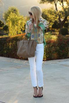 Блуза: Zara, Брюки: Zara, Обувь: Tory Burch, Сумка: Celine