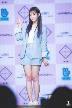 LOVELYZ8 Lovelyz Jiae, First Girl, Girl Group, Blazer, Jackets, Tops, Fashion, Birthday Dates, Down Jackets