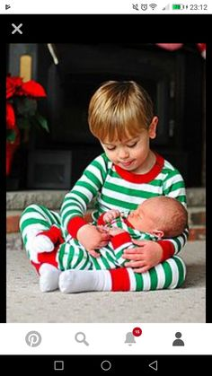 Want to do this if we ever have a baby that is within a few month or baby family pictures baby photos family photos newborn pics newborn pictures newborn christmas baby portraits christmas pictures photo poses solutioingenieria Choice Image