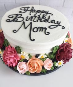 Cake Decorating: How About Birthday Cakes For Adults Happy Birthday Mom Cake, Birthday Cake For Women Simple, Adult Birthday Cakes, Women Birthday, Cake Birthday, Birthday Cake For Mother, Pretty Cakes, Cute Cakes, Beautiful Cakes