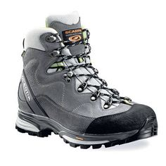 10 best hiking boots