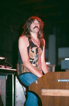 Roger Glover, Jon Lord, Smoke On The Water, T Shirt Picture, Heavy Metal Music, Jazz Musicians, Hair Painting, Rock Music, Deep Purple