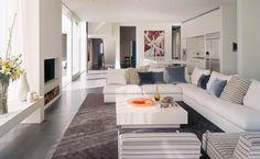 super kolorystyka... dużo bieli, prostota i fajna podłoga :)