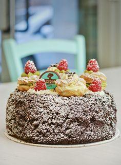 Torta cacao, pistacchio e vaniglia e zeppole #glutenfree