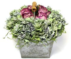 Your place to buy and sell all things handmade Beautiful Flowers Garden, Beautiful Gardens, Silk Arrangements, Hydrangea Not Blooming, Tin Containers, Spanish Moss, Cream Roses, How To Preserve Flowers, Floral Fashion