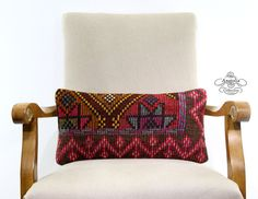 This handwoven pillow cushion is made from authentic Turkish Kilim.The original kilim is made of finest wool.The back part of the pillow is