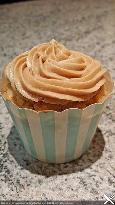 Vegane Schoko-Erdnussbutter-Cupcakes
