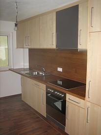 Holz als Rückwand in Küche