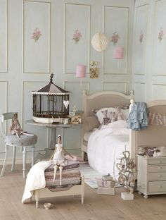 Beautiful Vintage Girls Room For My Daughter!
