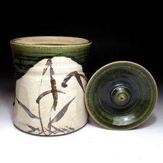 Japanese Vintage Pottery Oribe Ware Mizusashi  水容器 ( Water Container)