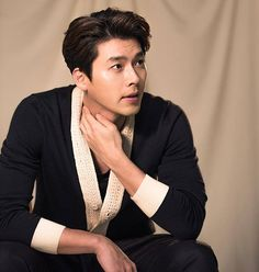 Hyun Bin ♡_♡ wonderful man for me♥ Hyun Bin, Korean Celebrities, Korean Actors, Lee Jung Suk, Korean Drama Quotes, Asian Hotties, J Crew Men, Netflix, Kdrama Actors
