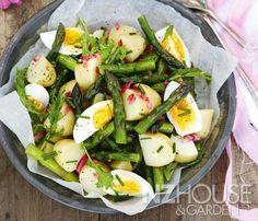 New Potato Salad with Asparagus and Egg