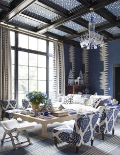 COCOCOZY shares a GREAT looking dining room!