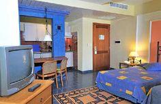 Gaviota Aparthotel Montehabana es un moderno aparthotel situado en la zona residencial de Miramar, muy cerca al mar, en un área llena de oficinas de negocio y de representaciones diplomáticas, tales como centro el comercial de Miramar, también muy cerca a la avenida más famosa: 5ta. Avenida y rodeado por varias tiendas. #habana #cuba #hotel