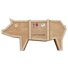 Origineel én functioneel! Deze sloophouten Sending Animals kast van Seletti in de vorm van een varken / pig is een ware blikvanger. Dat niet alleen, want aan d