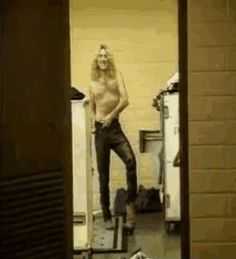 Robert Plant (gif)