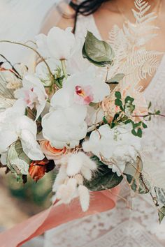 Bride, Katie's bouquet Photo: @wildwhim Got Married, Getting Married, Flower Arrangements, Bouquets, Wedding Flowers, Floral Wreath, Bride, Wedding Bride, Floral Arrangements