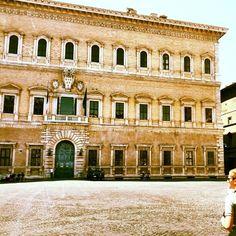 Ambassade de France - Palazzo Farnese in Roma, Lazio Chateau Saint Ange, Rome, The Borgias, La Rive, Mistress, Louvre, Mansions, House Styles, Building