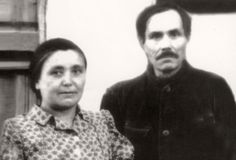 Rescuers Jonas Radlinskas and his wife Felicija, 1950. Sisters Dora and Shifra Reznik from Butrimonys in Lithuania were hidden for almost two years, beginning in the fall of 1942, by Jonas and Felicija Radlinskas, Tatar Muslims who lived with their three daughters in the village of Raižiai.