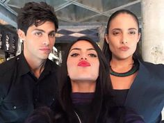 THEY ARE SO CUTE WHY ISNT MATT DOING THAT DUCK FACE DDBDHSV #lightwoods #shadowhunters