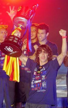 Puyol, con la Copa del Rey del 2012
