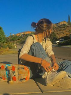 Aesthetic Indie, Summer Aesthetic, Aesthetic Photo, Aesthetic Pictures, Aesthetic Clothes, Aesthetic Girl, Indie Outfits, Retro Outfits, Tumblr Outfits