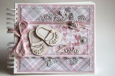 Dorota_mk: Dla małej Zosi Baby Scrapbook, Scrapbook Albums, Scrapbooking, Signature Book, Cardmaking And Papercraft, Kids Birthday Cards, Paper Crafts, Diy Crafts, Baby Album